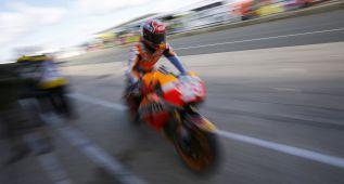 Primer aviso de Márquez a Lorenzo y Rossi en Silverstone
