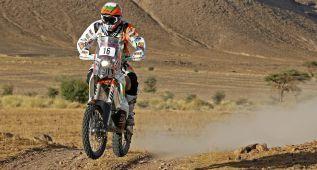 Laia: 2.500 km y 30 horas de viaje y al final le falla la moto