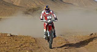 Barreda recupera el liderato y domina a la armada de KTM