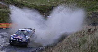 Sebastien Ogier domina y Dani Sordo lidera a los Hyundai