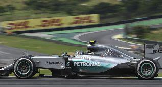 Otro doblete de Mercedes con triunfo de Rosberg y Alonso 16º