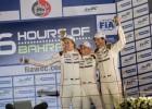Webber enseña el camino de la victoria a Fernando Alonso
