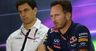 """""""Hamilton estaba desesperado por pilotar para Red bull"""""""