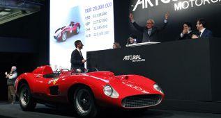 El Ferrari 335 S bate el récord al venderse en 32 millones