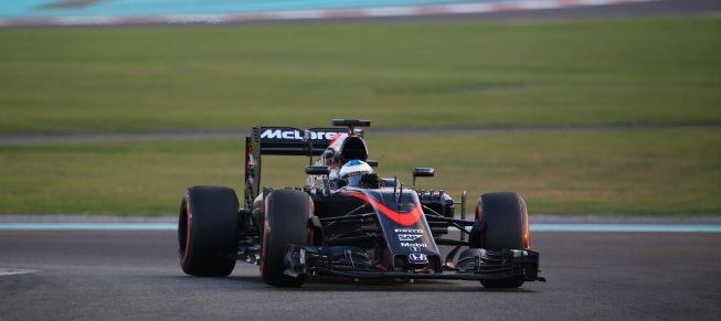 McLaren ya ruge: así suena el motor del MP4-31 de Alonso