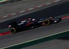 Hamilton domina y McLaren solventa sus problemas