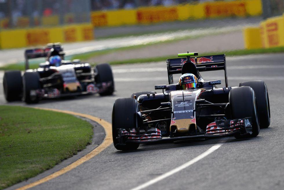 """Verstappen no siente la presión de Sainz: """"Estoy kilómetros por delante"""""""