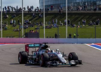 Hamilton delante de Rosberg, y Sainz y Alonso, a por la Q3