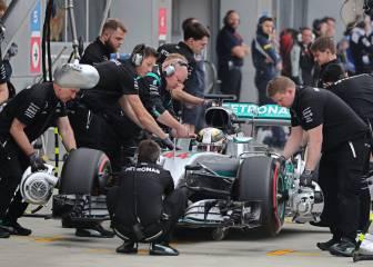 Mercedes pide disculpas a Hamilton por la avería