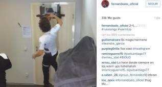 Alonso hace de LeBron en Instagram: mate a una mano