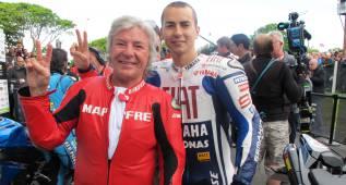 Lorenzo está a un podio de los 139 del maestro Nieto