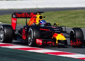 Max Verstappen domina la segunda jornada en el Circuit