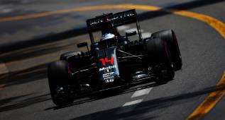 Desastre de McLaren: Alonso a dos segundos de Ricciardo