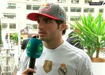 Carlos Sainz llegó al circuito con la camiseta del Real Madrid