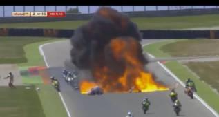 Una explosión crea una gran bola de fuego en MotorLand