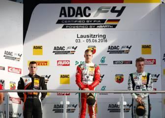 Mick Schumacher gana de dos en dos en la F4 Alemana