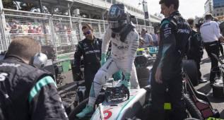 Rosberg supo solucionar el problema y Hamilton no