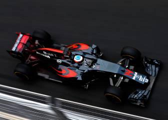 Alonso y McLaren: 11 retiradas por 4 carreras en los puntos