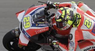 Doblete Ducati con Iannone y Dovizioso de entrada en Assen