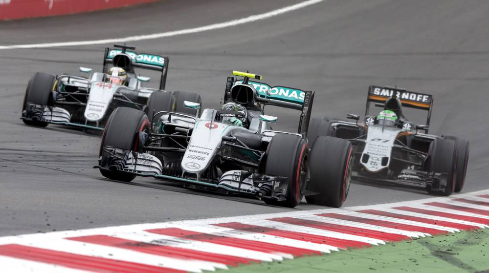 Rosberg: 10 segundos por el choque en la última vuelta