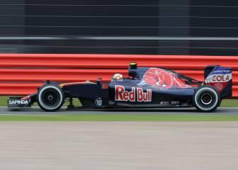 Sainz igualó a Verstappen con el mismo F1, Ricciardo pierde