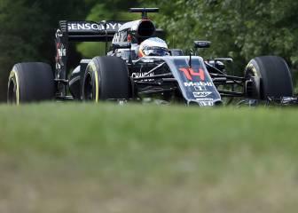 Libres 2: Alonso cambia el motor y accidente de Hamilton