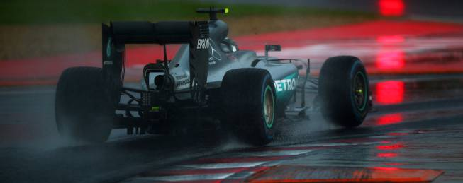 No hay sanción para Rosberg por las banderas amarillas