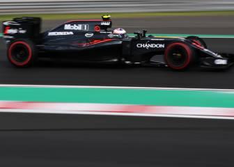 Una fuga de aceite obligó a Button a retirarse en Hungría