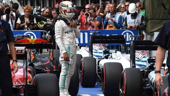 Mercedes valora que sancionen a Hamilton en Bélgica