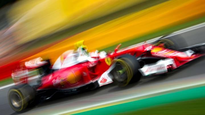 Kimi avisa a Mercedes y Alonso es undécimo antes de la pole