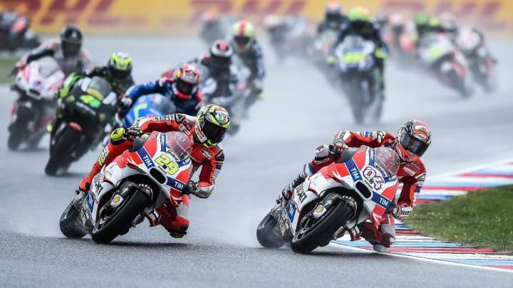 Silverstone aguarda a MotoGP: 80% de probabilidad de lluvia