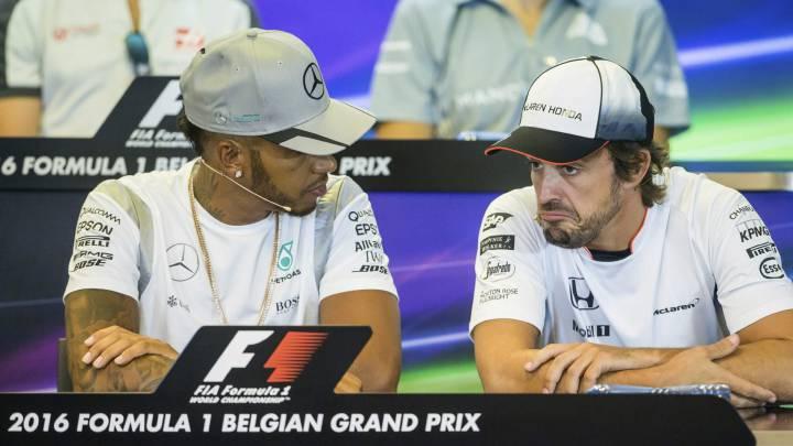 """Hamilton: """"La retirada de Alonso es una posibilidad real"""""""
