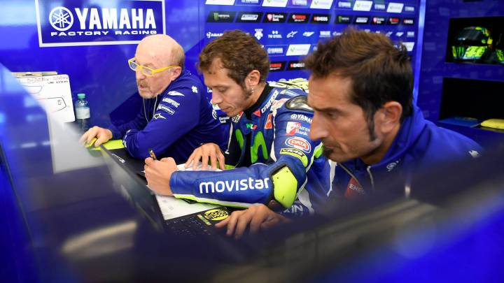"""""""Lorenzo no ayudará jamás a Rossi; los campeones son así"""""""