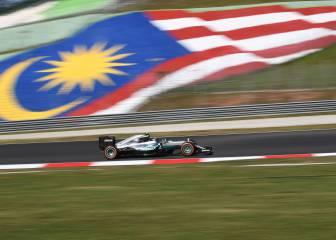 Alonso, quinto, a una décima de los Ferrari en Sepang