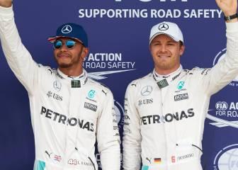 Hamilton y Rosberg: la guerra de Mercedes pasa a los idiomas