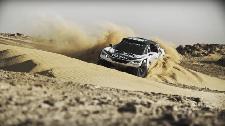 El Peugeot 3008 DKR de Sainz y el 'Dream Team' ya devora arena