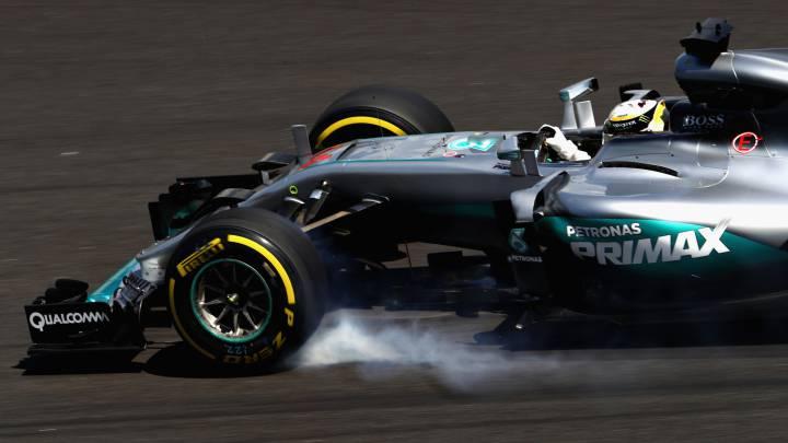 Hamilton lidera con Verstappen cerca, Sainz 9º y Alonso último