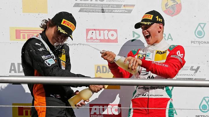 Mick Schumacher da a Prema el título de la F4 alemana