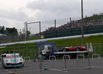 El Ferrari clásico deja tirado a Vettel y le recoge Ricciardo