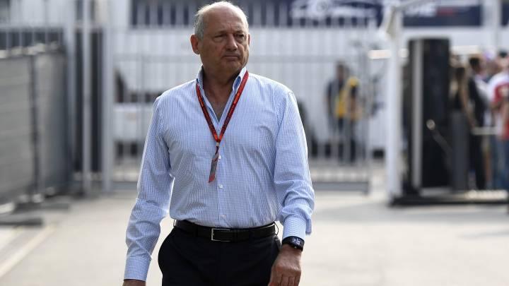 Dennis le pone un '5' a McLaren Honda por su Mundial 2016