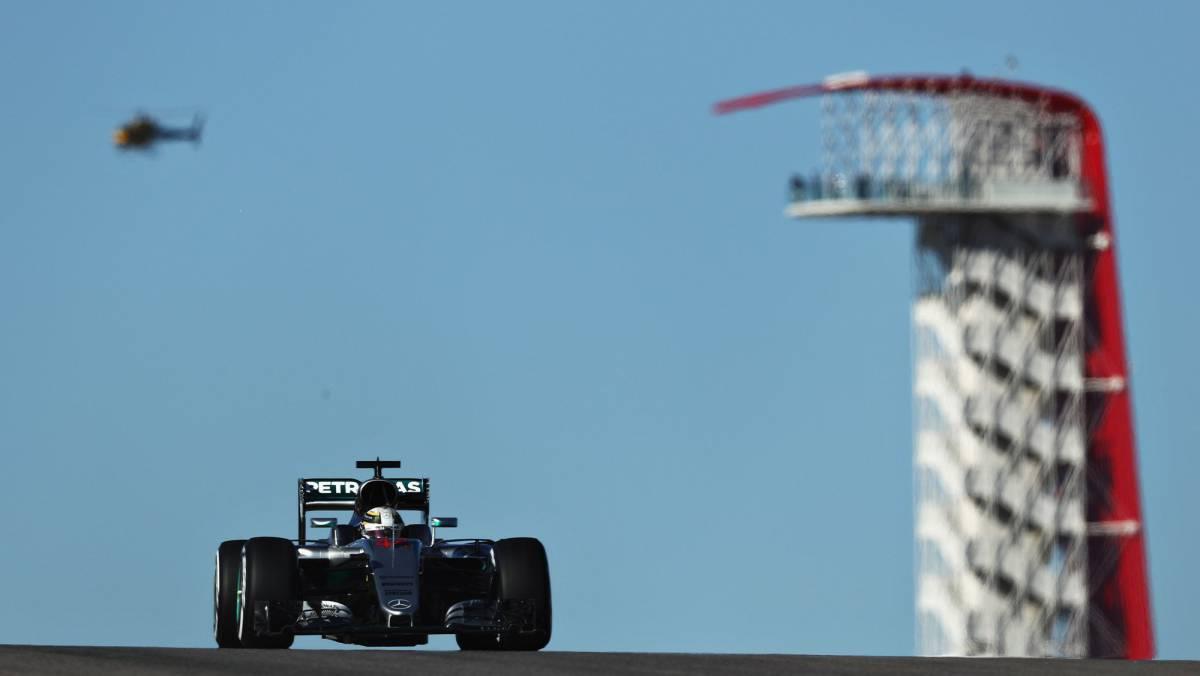 Hamilton vuela en Austin, Sainz décimo y Alonso decimotercero