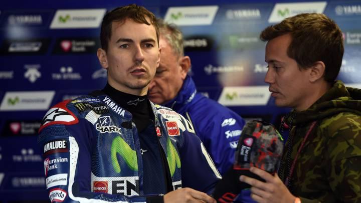 """Lorenzo: """"Tenía la sensación de que me iba a caer en cada curva"""""""