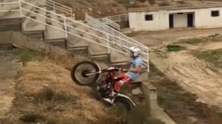 ¿Se puede volar con una moto? Arnau Farré lo demuestra