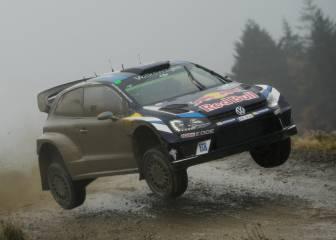 Sebastien Ogier roza su primer triunfo del año sobre tierra