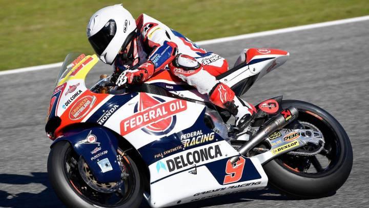 Jorge Navarro con la Kalex del equipo Gresini durante los test de Moto2.