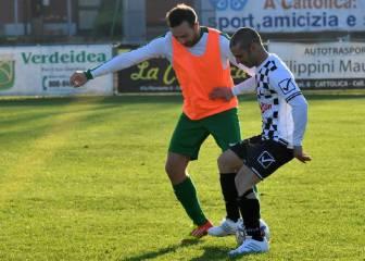 Melandri se rompe la rodilla derecha... jugando al fútbol