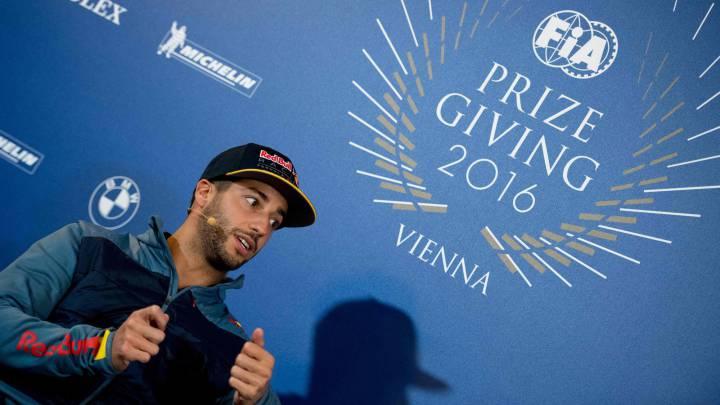 Daniel Ricciardo durante la rueda de prensa previa a la gala de la FIA en Viena.