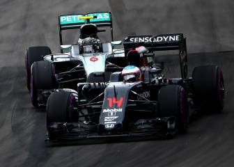 Mercedes ya tantea a Alonso