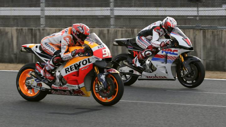 Alonso corrió con Márquez sobre la MotoGP de Honda en Motegi