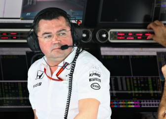 """Boullier a Alonso: """"¿Luchar con Hamilton? No es buena jugada"""""""